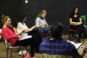 Υποκριτική και Πρακτική Κινηματογράφου και Τηλεόρασης – Τεχνικές ακρόασης για ηθοποιούς με την Πηγή Δημητρακοπούλου